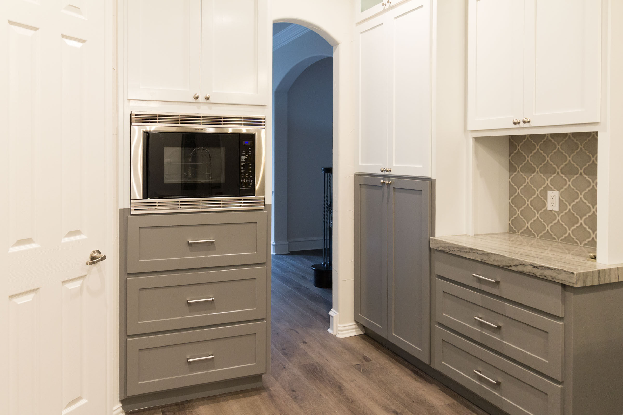 Contemporary kitchen remodel, white and grey, clean and bright, pinterest inspiration