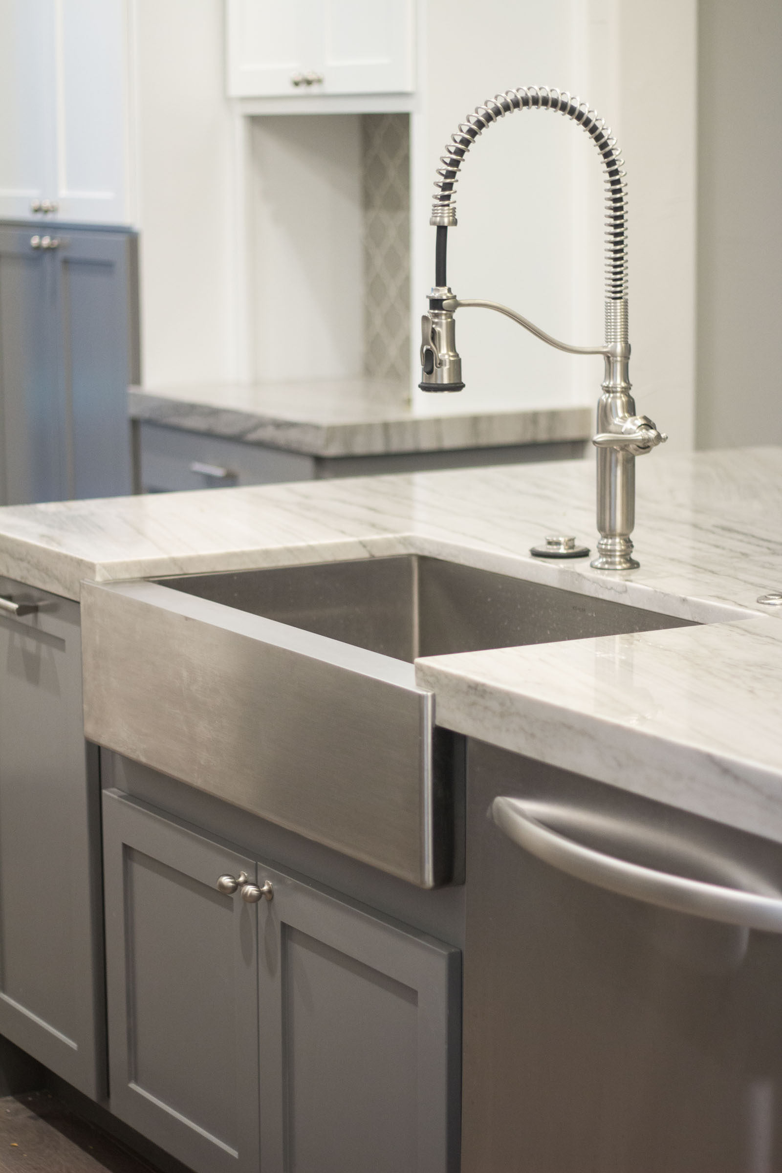 Kitchen island farmhouse sink, stainless steel, high arch faucet with pull down sprayer